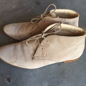 Tod's Suede Desert Boot Booties Tan Lace-Up Flat